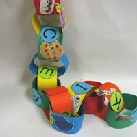 ABC Paper Chain - Kids Crafts