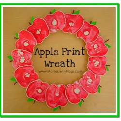 Apple Print Wreath - Kids Crafts