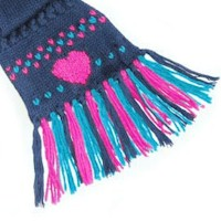 Heart Duplicate Stitch Scarf Embellishment - Kids Crafts