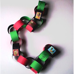 Kwanzaa Chain - Kids Crafts