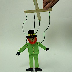 Leprechaun Marionette - Kids Crafts
