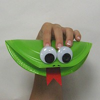 Paper plate frog puppet for Paper plate puppets templates