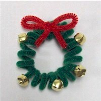 Pipe Cleaner Wreath - Kids Crafts