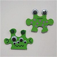 Puzzle Piece Aliens - Kids Crafts