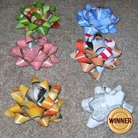 Recycled Magazine Bows - Kids Crafts