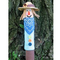 Recycled Cardboard Tube Scarecrow - Kids Crafts