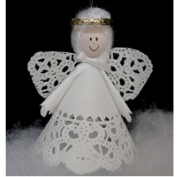 Simple Doily Angel - Kids Crafts