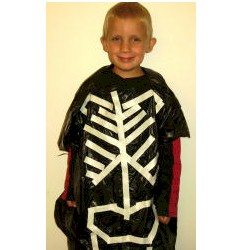 Trash Bag Skeleton Costume - Kids Crafts