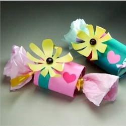 Valentine Favors - Kids Crafts