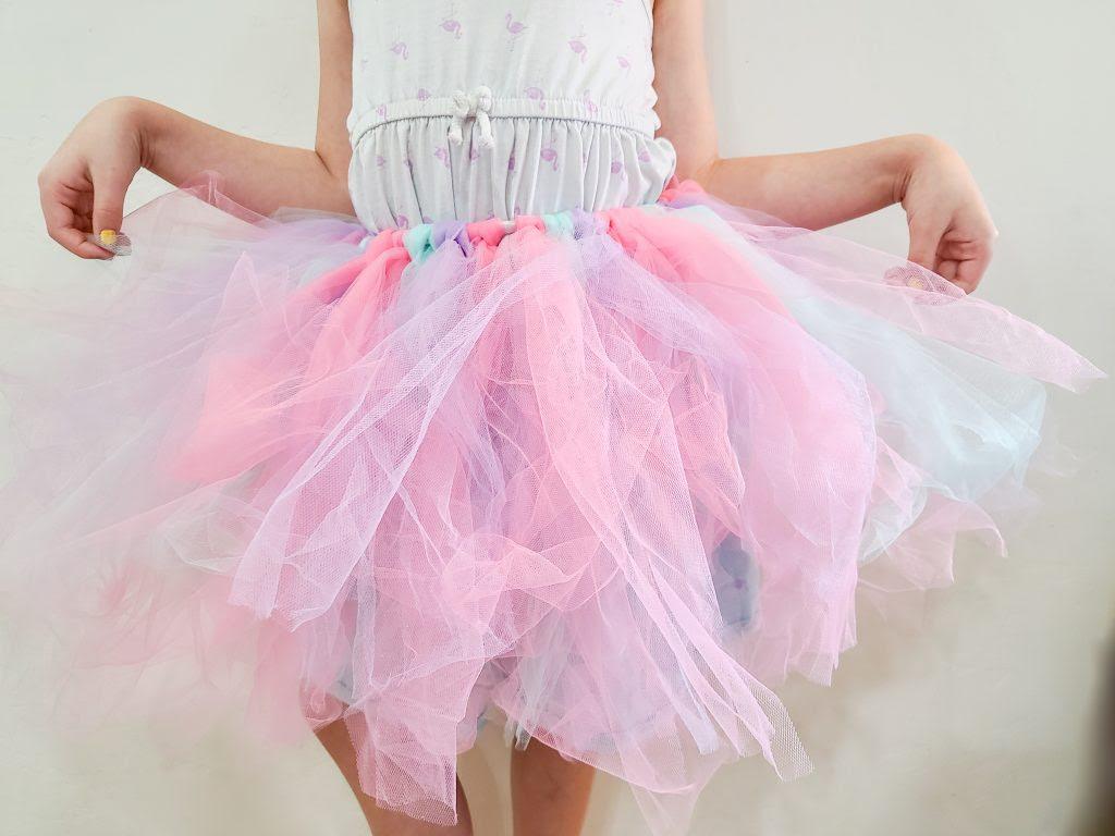 DIY Unicorn skirt made from tulle.