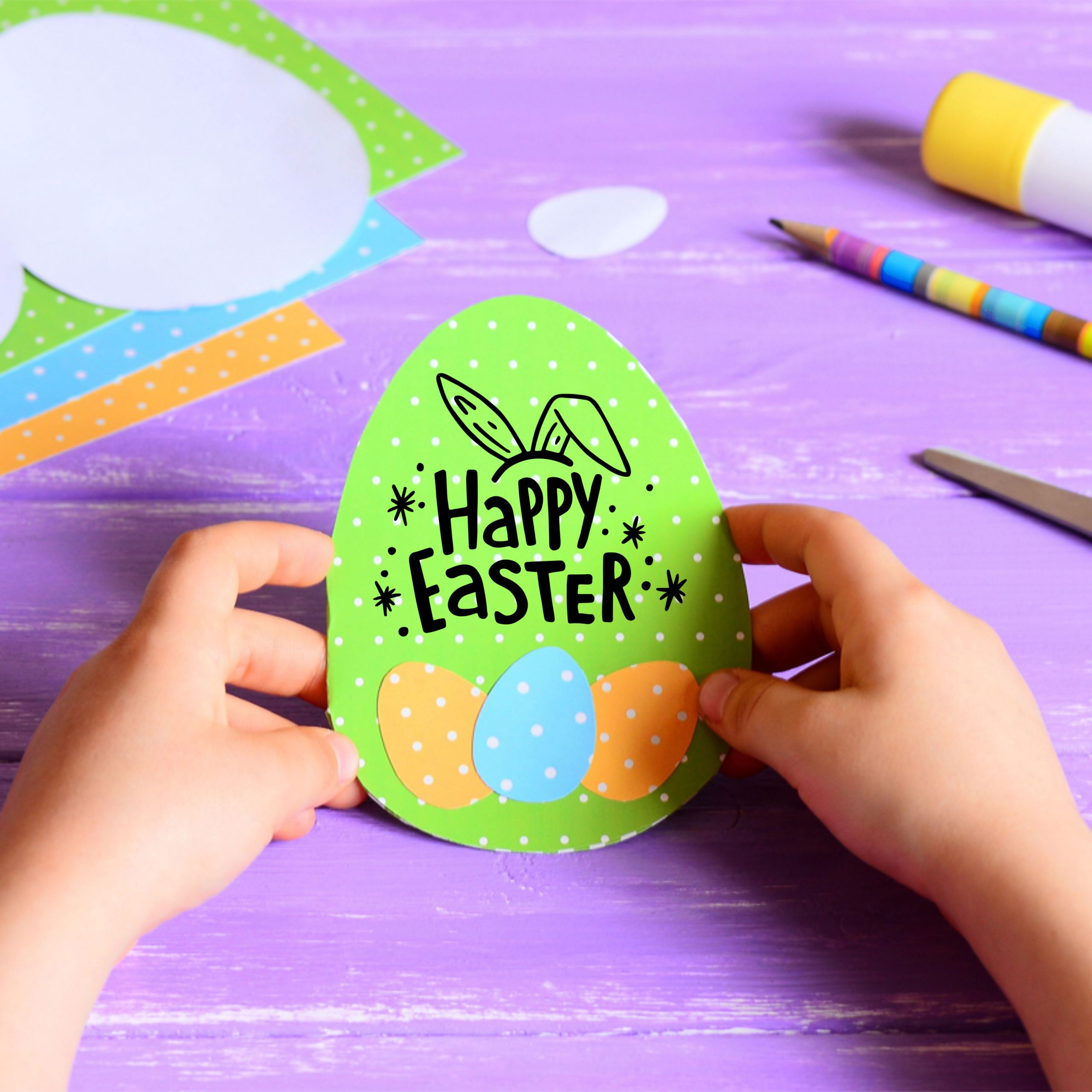 Printable Easter Egg Card for young children to make.