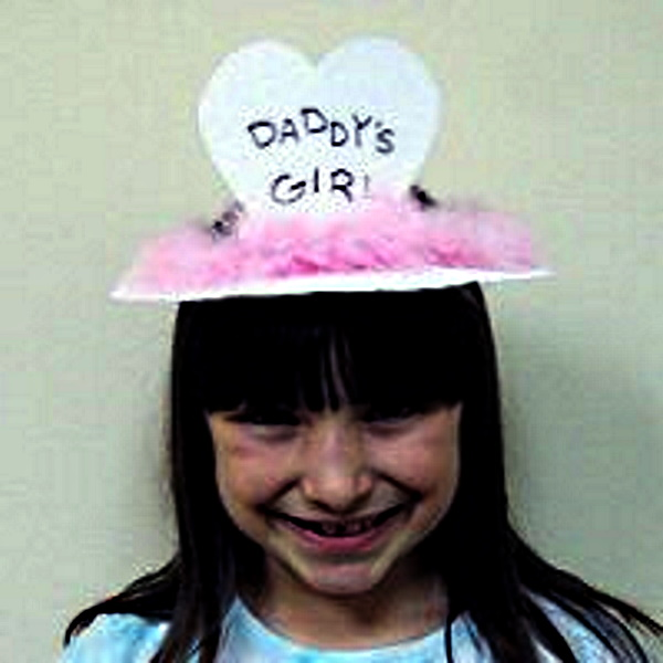 Paper Plate Daddys Girl Crown Craft
