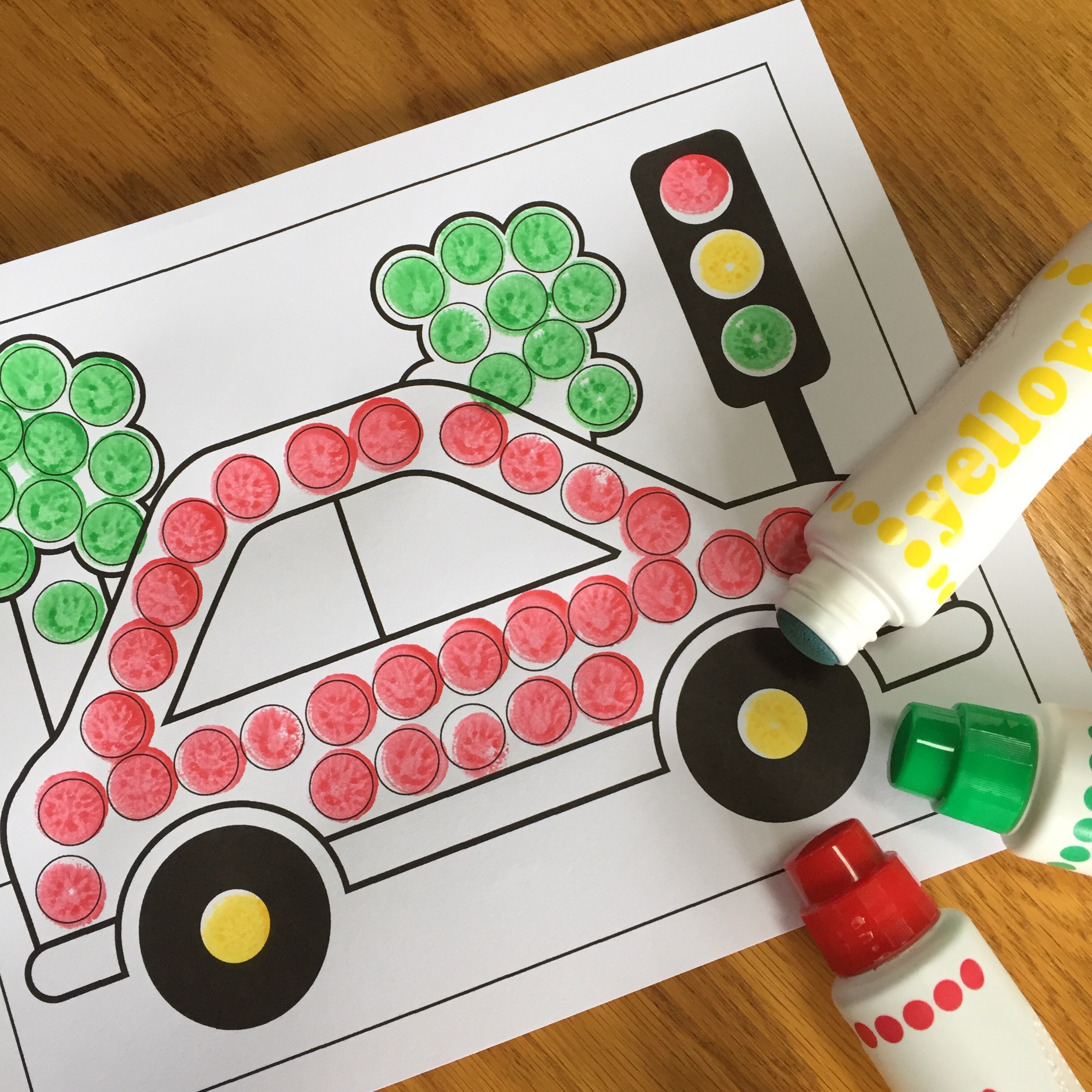 Easy Preschool Dot Art Car Activity