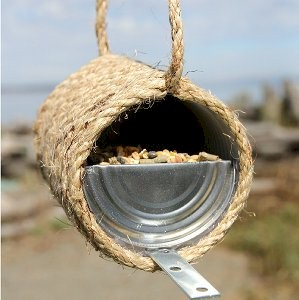 Image of Recycled Can and Rope Birdfeeder