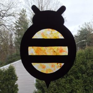 Tissue Paper Bee sun catcher complete with pattern
