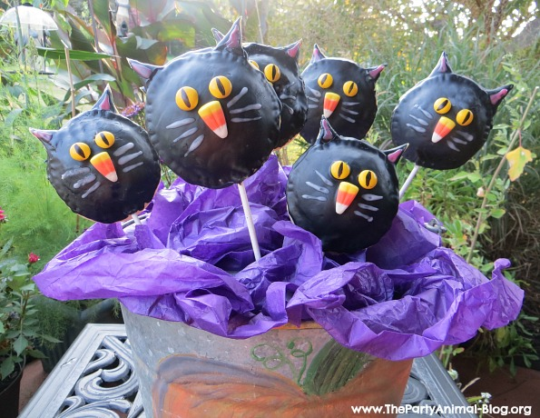 Black Cat Cookie Pie Pops