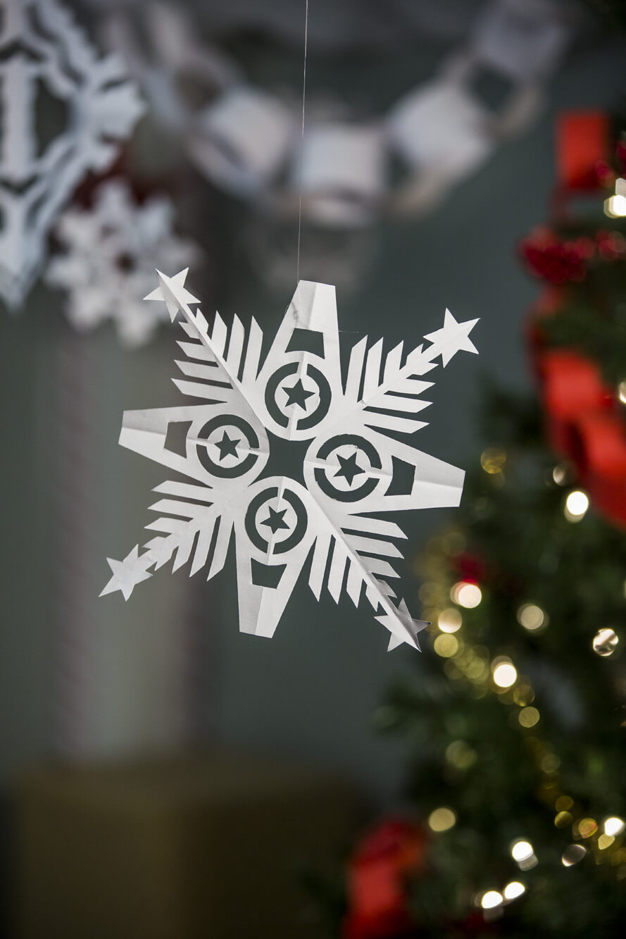 Image of Captain America Snowflake Pattern