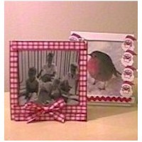 Image of Photo Frames from CD Boxes
