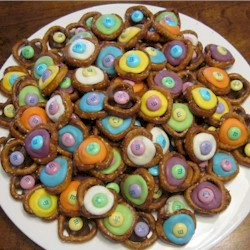 Chocolate M and M Pretzel Buttons