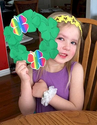Cut and Paste Shamrock Wreath