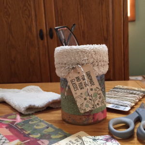 Easy DiY eyeglass holder project made with tin can and fuzzy sock.