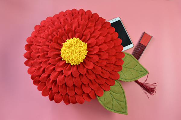 How To Make A Felt Flower Pillow