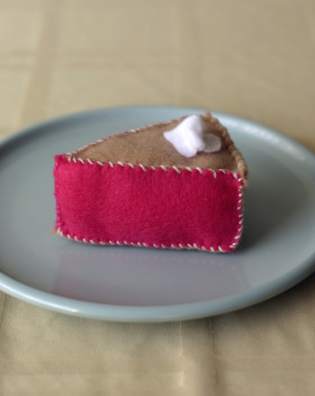 Image of Felt Pie Sewing Exercise