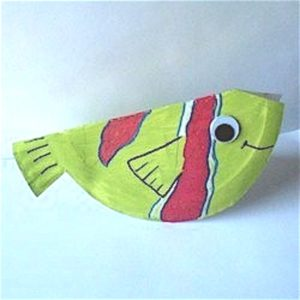 Easy Folded Paper Plate Fish for Kids to Make