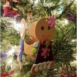 Gingerbread Daisy Friendship Circle Ornament