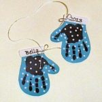 Make A Handprint Mitten Decoration