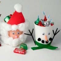 Image of No Bake Christmas Cake Pops