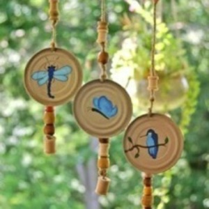 Juice Can Lid Wind Chimes