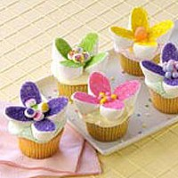 Image of Easy Marshmallow Cake Decorations