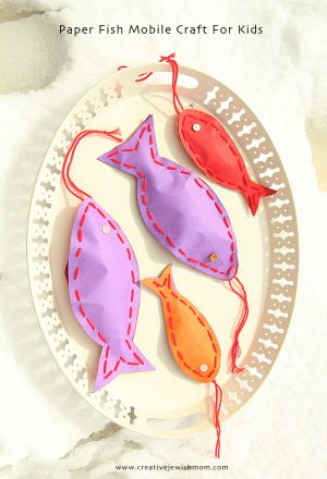 Image of Kissing Handprint Valentine Fish