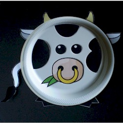 Paper Plate Bull