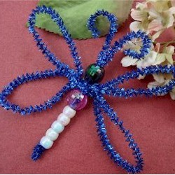 bead and pipe cleaner dragonfly