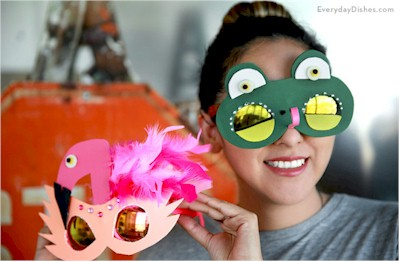 Image of Recycled Sun Glasses Foam Masks