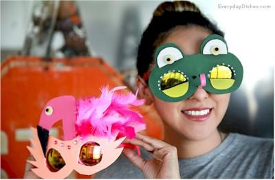 Recycled Sun Glasses Foam Masks