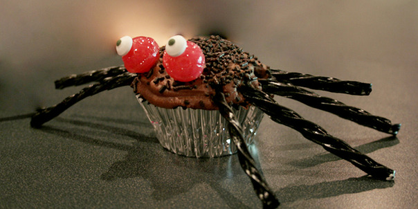 Image of Halloween Spider Cupcakes