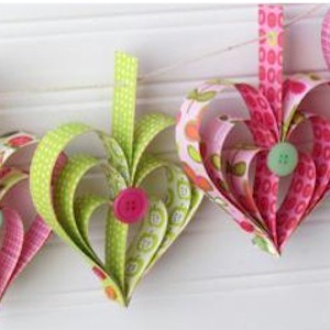Image of Valentine Heart Garland